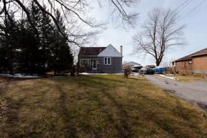 House For Sale-Welland