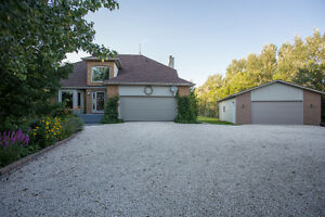 Open House Sun August 7 Charming Home Near Winnipeg In Lorette