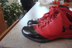 UNDER ARMOUR SHOES  Heat Gear