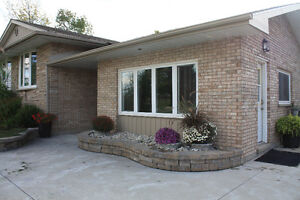 Country Home with Commercial Shop Stratford Kitchener Area image 2