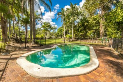 4.5 acres * Pool * Shed * Stables * Granny Flat D'aguilar Moreton Area Preview