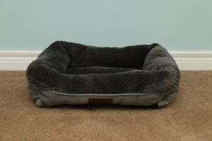 Brand New Dog Bed [Small Dog]