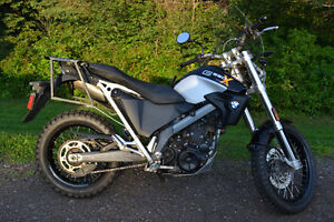 BMW 2007 G650 X Country