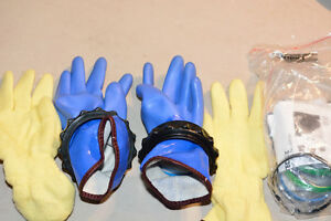 SCUBA, Bare, Dry Gloves and Quick Clamps, Small
