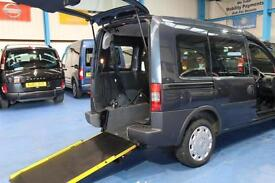 Vauxhall Combo wheelchair access car mobility accessible vehicle mpv power winch