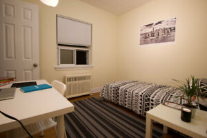 2 Rooms near Humber College