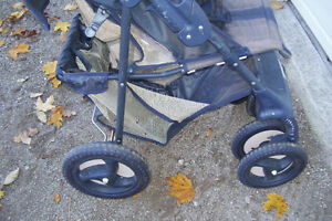 TWO BABY STROLLERS YOUR CHOICE $25.00 EACH Stratford Kitchener Area image 6