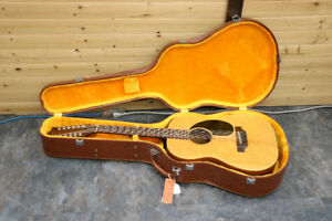 **WONDERFUL** Gibson LG-12  Acoustic Guitar w/ Case - 16397