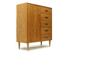 MCM Gentleman's Chest Dresser in White Oak