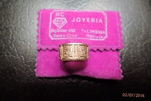 GOLD RING MADE IN SOUTH AMERICA