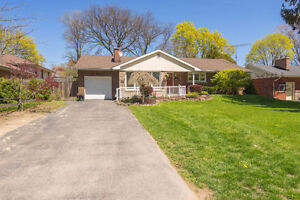 3 Bedroom 1.5 Bathroom home steps to Lakeshore Rd!