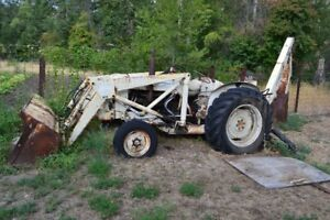 Ford Tractor w/ Loader & Excavator