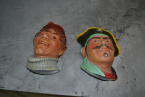 2 figurines Bossom's de 1985 made in England