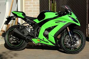 ZX10-R Ninja Super Sport Bike - Excellent Condition