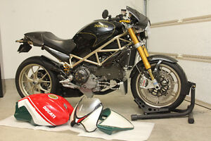 Ducati Monster S4RS - Tricolore 361/400