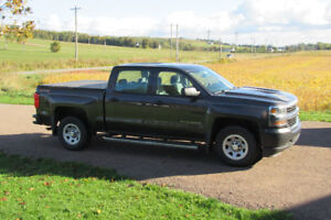 2016 Chevrolet Silverado 1500 END OF LEASE GREAT DEAL FOR SOMEON