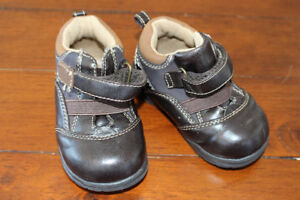 Shoes for Toddlers  (Smoke-free home)