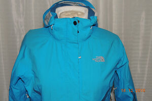 THE NORTH FACE 3 IN 1 JACKET SIZE MEDIUM
