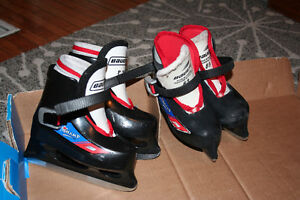 """Twins? Two pairs used kids' ice skates, """"Lil Champ""""size 8/9"""