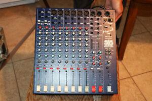 Console amplifiée de marque Mynah