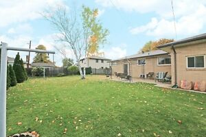 #350 Military, Amherstburg. Open House Sun., Dec. 11 1-3pm. Windsor Region Ontario image 9