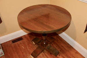 """32"""" Round Dining/Kitchen Table"""