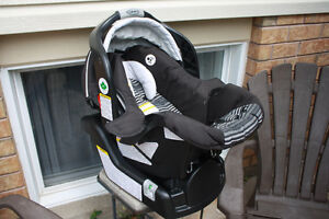 baby car seat Peterborough Peterborough Area image 1