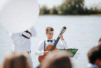 Classical Guitarist available for booking