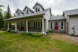 SOLD!!! Home, Shop, Acreage - You Can Have it All!