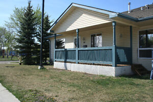 Bungalow Townhouse for sale in Central Mcdougall