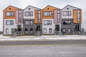 Visit the Townhouses of Rockingham South! OPEN HOUSE SAT/SUN 2-4