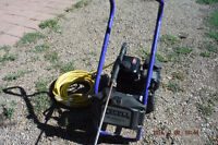 2700 P.S.I. PRESSURE WASHER + 50 FT. HOSE AND WAND