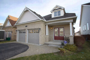Sunning 3+1 Bedroom, 3 Bathroom Bungalow w/ A Walk-out!