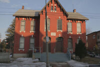LARGE 3 BEDROOM APT. 1st and Lst REQUIRED plus Hydro
