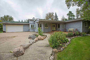 Five Bedroom Unique Property Backing Onto South Cooking Lake
