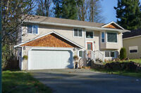 4 Bedroom Home in Shawnigan Lake with Suite on 1/4 Acre