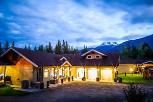 McPherson House Revelstoke for sale! Revelstoke British Columbia image 3
