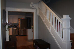 HUGE 4 BR HOME- OXFORD ST. HALIFAX  - AVAILABLE IMMEDIATELY