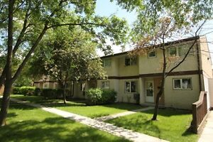 2 BR Townhouse in East Kildonan - Available Oct 1