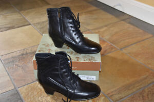 "NEW Women's ""Darcie"" Black Leather Dress Boot"