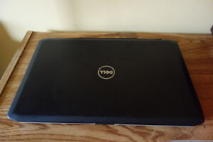 Dell E5520 i5  / W10 / HDMI/ aluminum lid  / Bluetooth /15.6