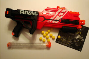 Nerf Rival Hypnos comme neuf.