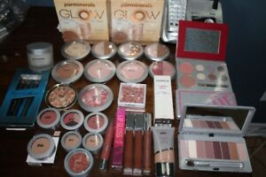 PUR MINERALS NATURAL MAKEUP & BRUSHES