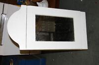 Joli cabinet en bois pour salle de bain