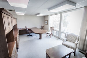 ★ PORT CREDIT OFFICE SPACE FOR LEASE! ★