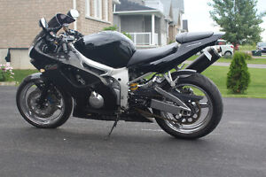 2000 R6 track or street need to sell quick give me an offer