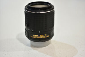 Nikon 55-200mm zoom lens - perfect condition