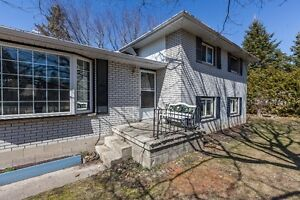 Big and bright 3 + 1 bedroom home on a quiet Angus street!