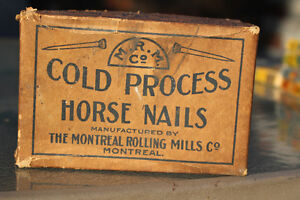 VINTAGE HORSE NAILS CARDBOARD BOX WITH NAILS
