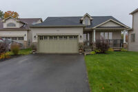 34 Nadmarc Court, Angus - SPACIOUS RANCH BUNGALOW!